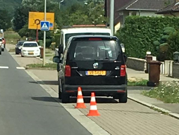 radar mobile VW Caddy VR 5427